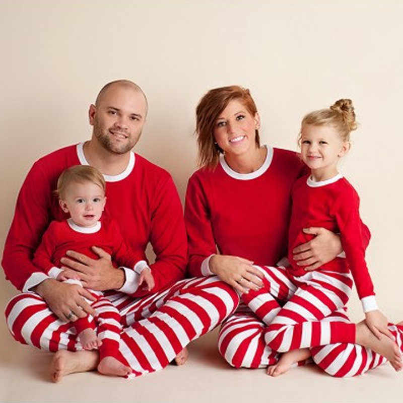Family Matching Outfit Clothes 2018 Christmas Pajamas Set Mom and Daughter Full Sleeve Red White Green Stripes Sleepwear QZ031