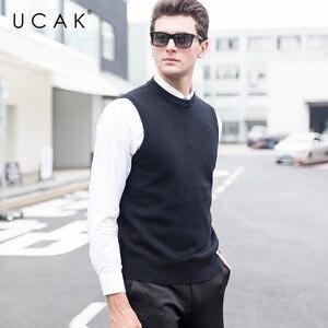 UCAK Brand New Sweater Vests Men 2019 O-