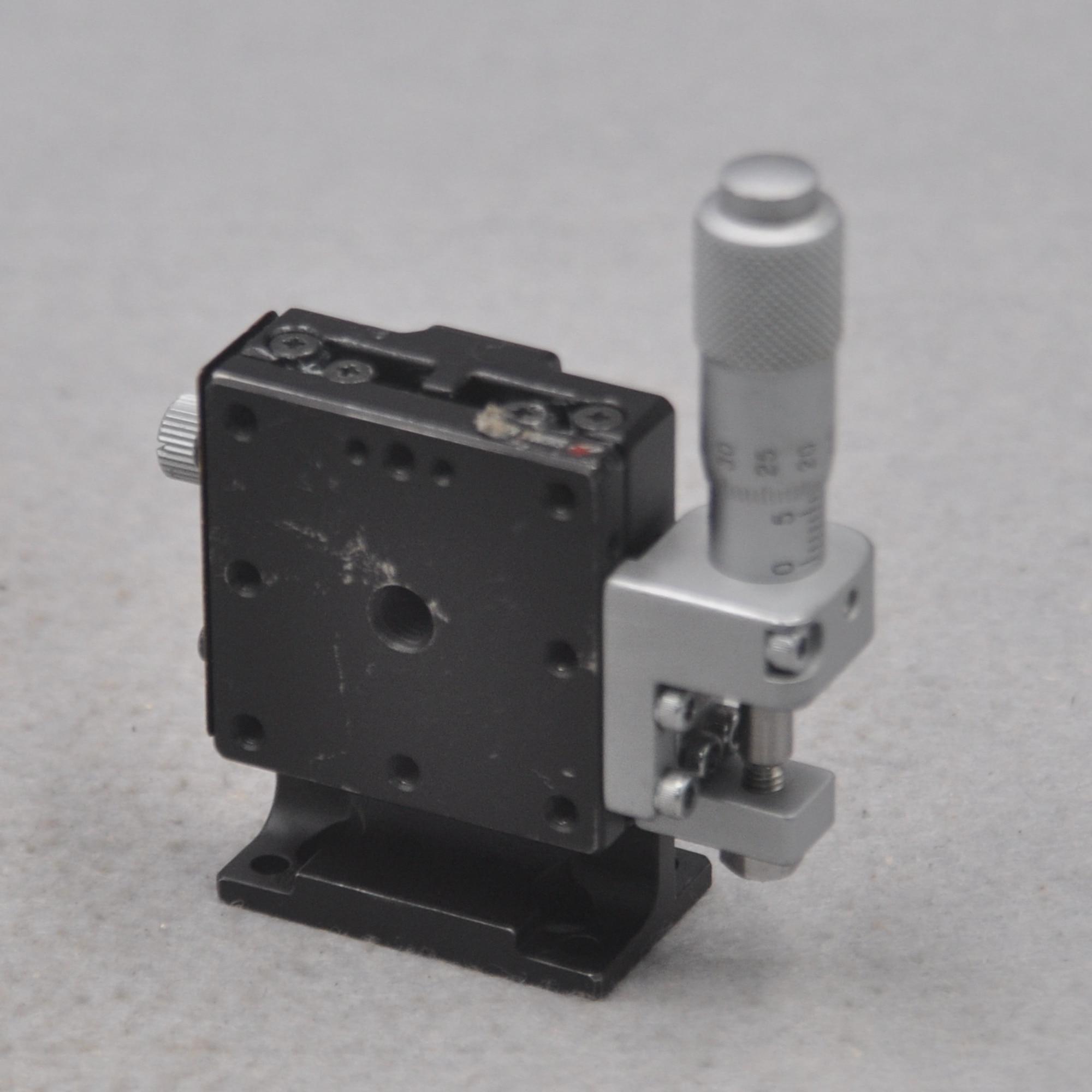 40 * 40mm Sigma TSD-403RL TSD-403L Precision Manual Lifting Vertical Z-axis Fine-tuning Slide