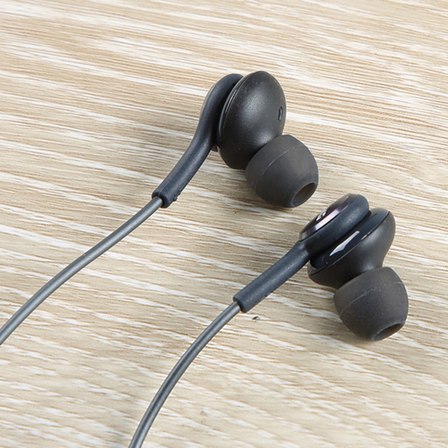 S8 Bass In-ear Earphones Super Clear Ear Buds Earphone Noise isolating Earbud For iphone 6 Xiaomi Samsung S8 S8+ S7 S6 S4 Note 8