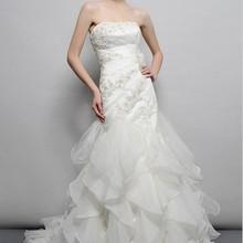 Free shipping 2018 designer bridal gown organza ruffles brides long plus sweethe