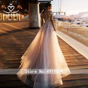 Image 2 - 패션 아플리케 레이스 웨딩 드레스 아가씨 a 라인 Boho Vestido De Noiva 꽃 법원 기차 신부 가운 Swanskirt k307