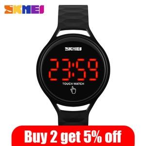 Image 2 - SKMEI 여자 스포츠 시계 터치 스크린 LED 디스플레이 PU 스트랩 여자 패션 캐주얼 시계 디지털 시계 손목 시계 방수 1230