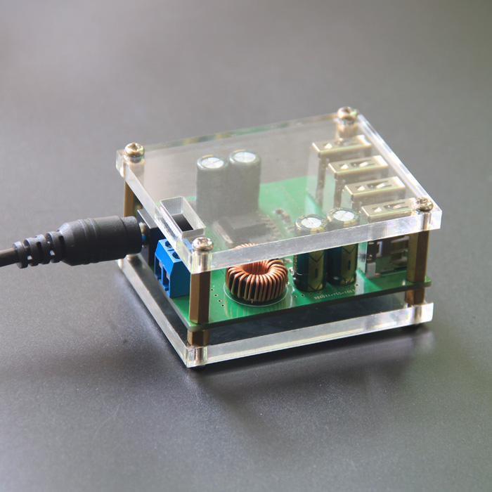 DC-DC Buck module 4 four USB output 9v12v24v36v to 5V / 5A vehicle buck charging power converter With Case