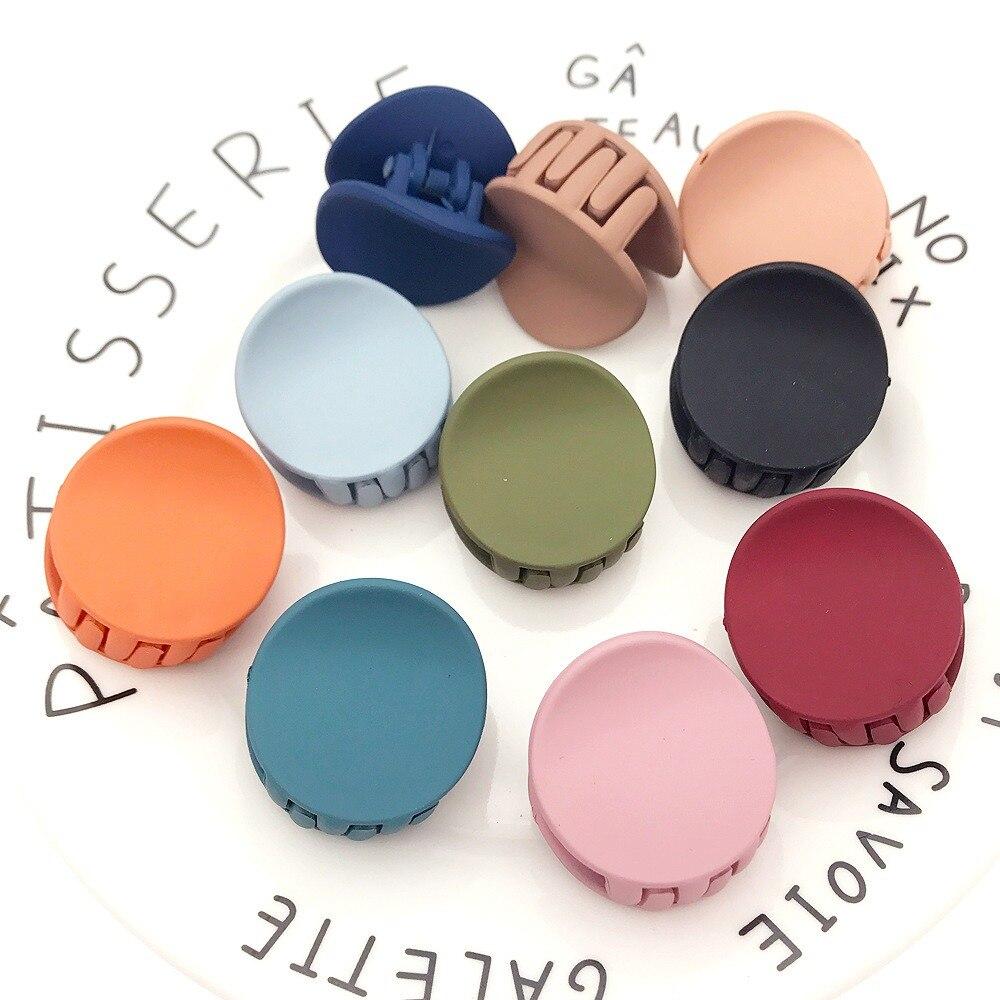 Fashion Women Matte Hair Claws Solid Color Geometric Cute Hairpins Round Acrylic Hair Clips Crab Headwear Hair Accessories