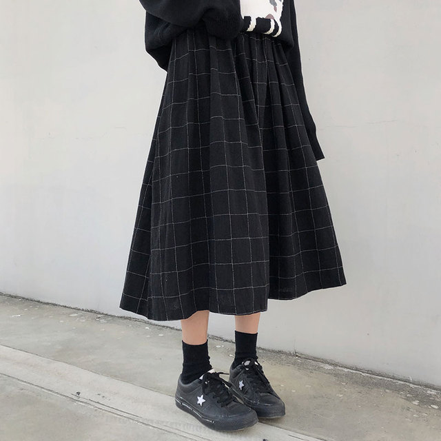2 colors japanese style high elastic waist Long Skirts Woman 2019 autumn winter plaid A-line pleated Skirts womens (X1078) 1