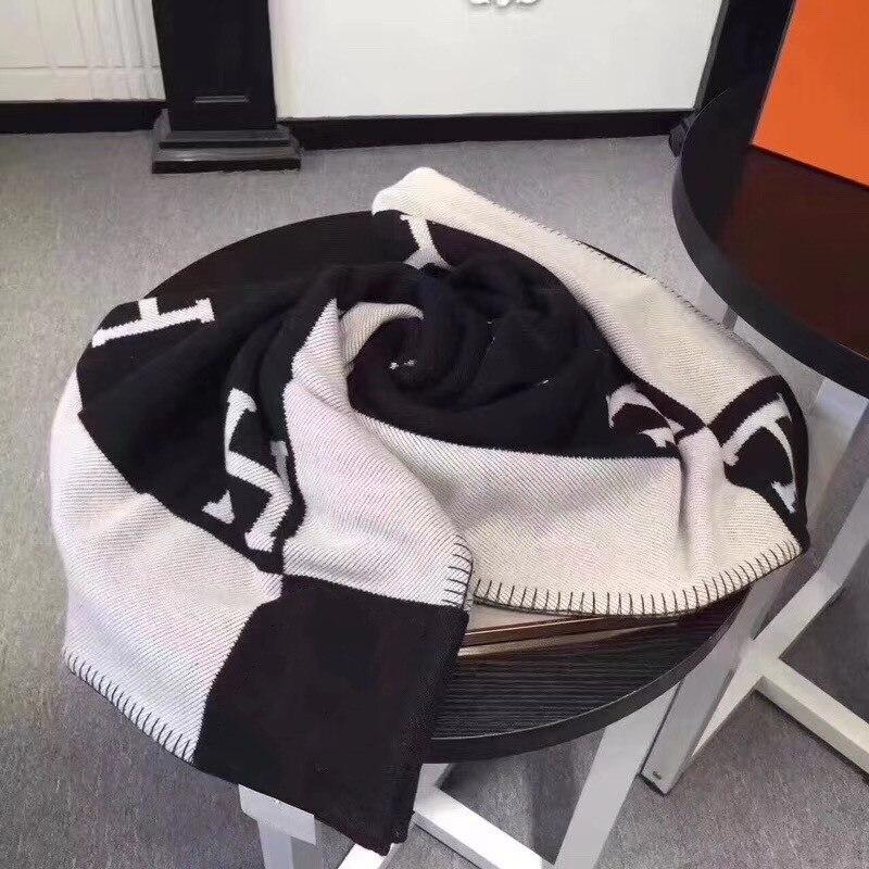 20190915001 H marque lettre cachemire couverture Crochet doux châle Portable Plaid canapé voyage polaire tricoté jeter Cape couvertures