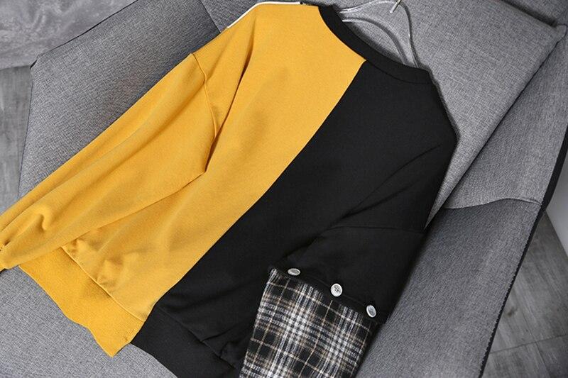 [EAM] Loose Fit Black Plaid Irregular Sweatshirt New Round Neck Long Sleeve Women Big Size Fashion Tide Spring Autumn 2020 1Y233 5
