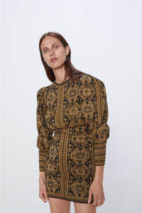 New winter 2019 jacquard dress for women with loose neck and long sleeves