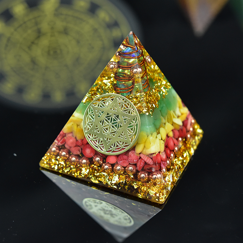AURA Reiki Orgonite Natural Stone Aventurine Orgon Pyramid Emf Protection Meditation Yoga Development Resin Decorative Craft