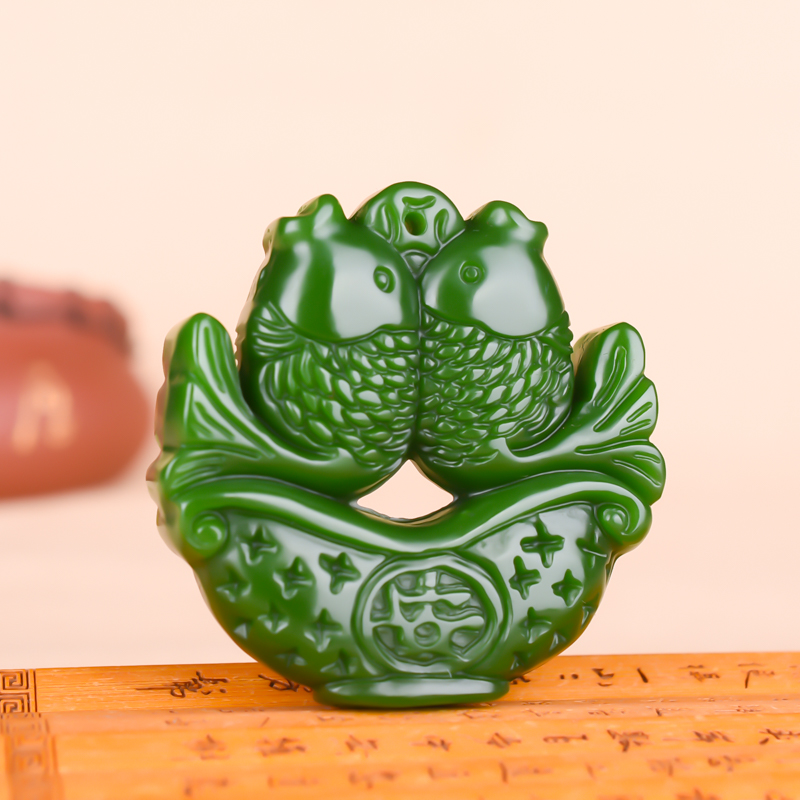 Goldfish Green Jade Pendant Necklace Hand-Carved Natural Charm Jewellery Animal Amulet Fashion Accessories For Men Women Gifts