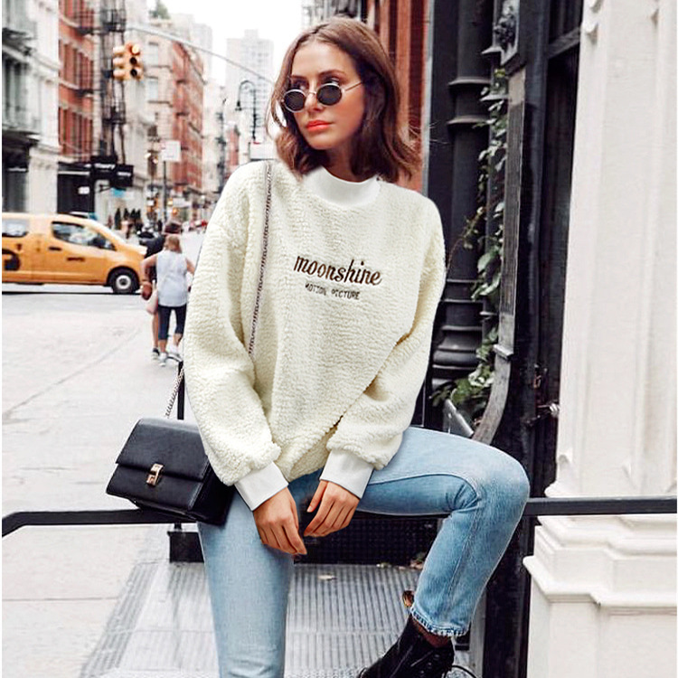 2019 Autumn And Winter New Style Fat Mm Large Size Dress Europe And America Loose-Fit Embroidery Plus Velvet Long-sleeved Sweate