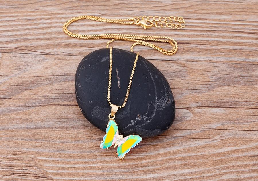 Ha347b7556f364aa4ba2aee9f52b0d9973 Colar borboleta novo design de moda lindo borboleta colar doce 12 cores transparente corrente de cristal para mulheres meninas festa jóias presente