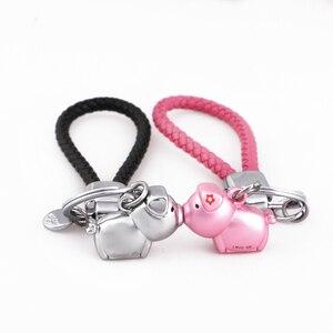 Image 1 - Milesi 3D נשיקת חזיר זוג keychain עבור אוהבי מתנת תכשיט יפה מפתח מחזיק נשים הווה Chaveiro sleutelhanger רכב keyring