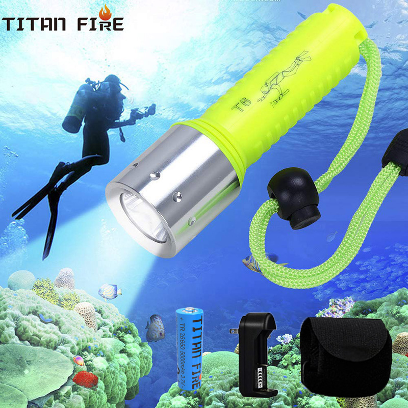 T20 Diving Flashlight LED Super Underwater 3000LM Waterproof Torch Lamp Professional Scuba For Dive Swimming Under Water Sport