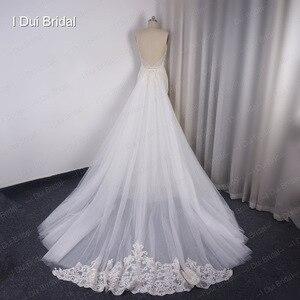 Image 2 - להסרה רכבת נדן חתונת שמלה באיכות גבוהה תחרה נמוכה חזרה עמוק V מחשוף