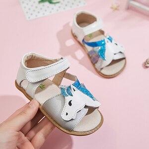 Image 5 - TipsieToes Top marka jednorożce miękka skóra w lecie nowe dziewczyny dzieci buty z palcami sandały dziecięce maluszek mały 1 12 lat