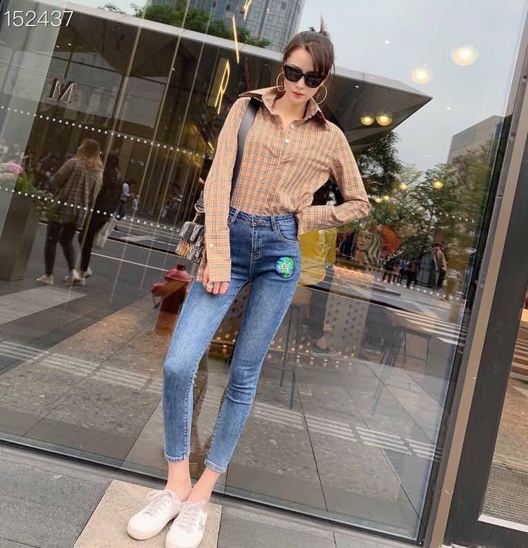 2020 Jeans Female Denim Pants Korean Fashion Pencil Pants Blue / Black Runway Letters Embroidery Sequins Denim Elastic Trousers