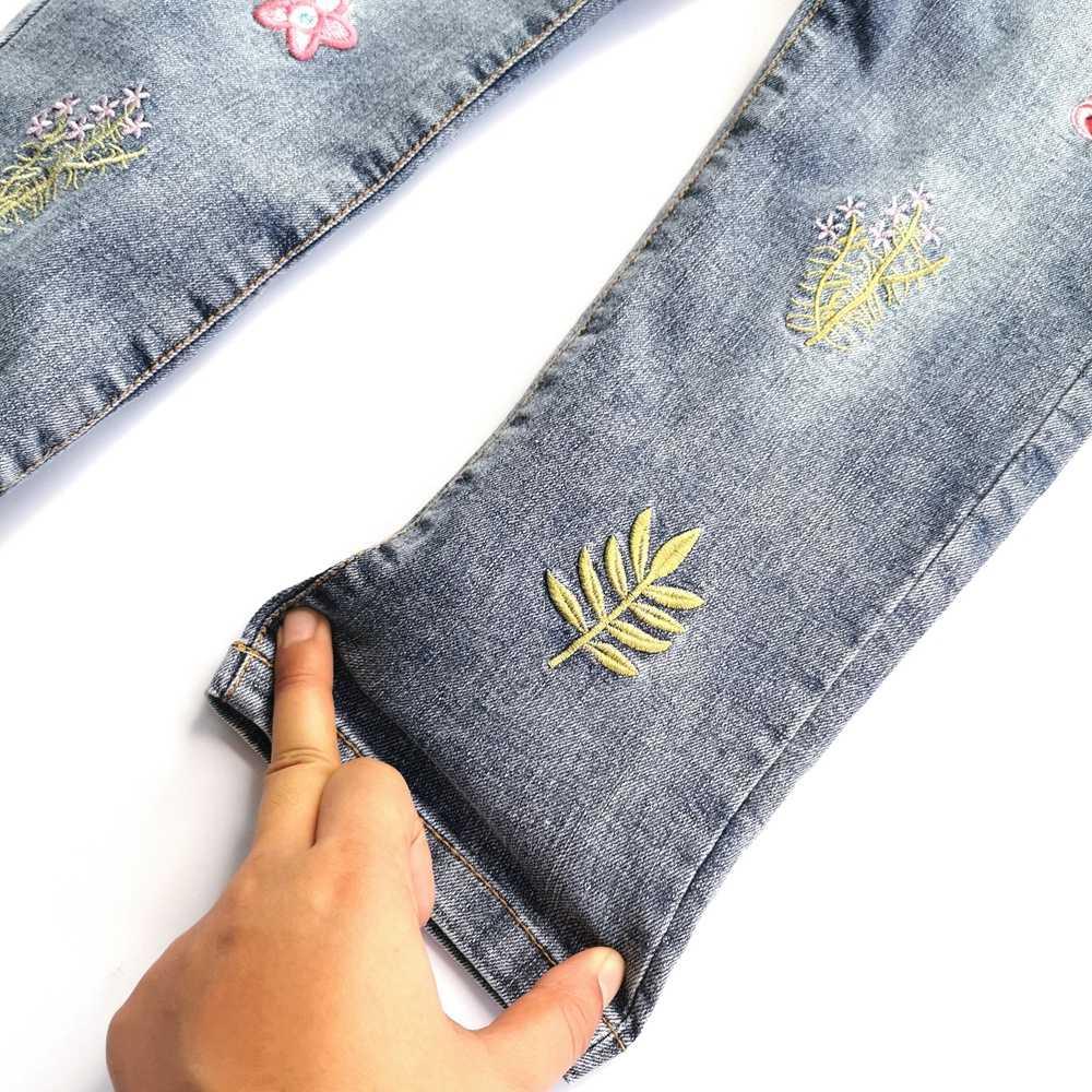 Chumhey 5-14 kızlar kot bahar pamuk sıkı yumuşak kot pantolon çocuk pantolonu nakış çiçekler yürümeye başlayan giyim kız giyim