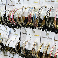 Di Stile della miscela 12pair di Modo Loop Orecchino Glassato di Colore Oro Argento Grandi Orecchini Del Cerchio Per Le Donne Donna Del Partito Dei Monili del Commercio Allingrosso ci sono un sacco di