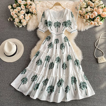2021 New Arrival Summer Square Collar Short Sleeve Floral Print Runway Dress Women Elegant Festa Mid Calf Holiday White Vestidos