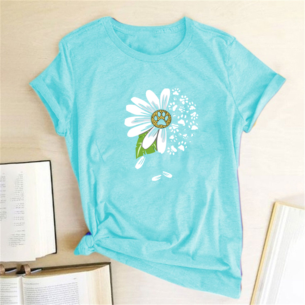 Daisy Bear Paw Print T-shirts Women Summer Graphic Tee Aesthetic Shirts for Women Casual Short Sleeve Ladies Tops Camiseta Mujer
