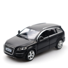 цена на 1:32 AUDI Q7 Black Car High Simulation Alloy Diecast Car Model Pull Back Sound Light Collection for Children's Gifts Youwant Toy