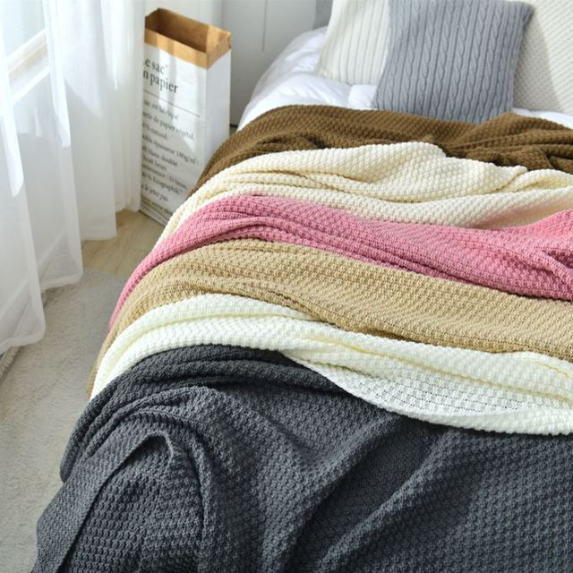 Decorative Knitted Blanket with Tassel 3