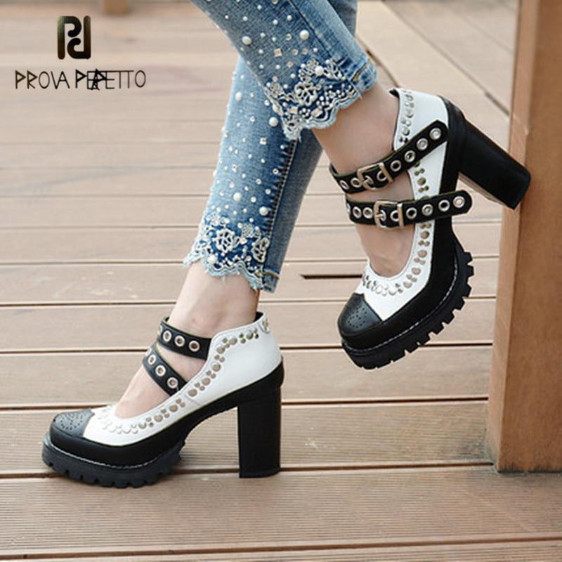 Prova perfetto couro genuíno rebite botas de tornozelo feminino cores misturadas dedo do pé redondo saltos altos fivela plataforma senhora botas 2020