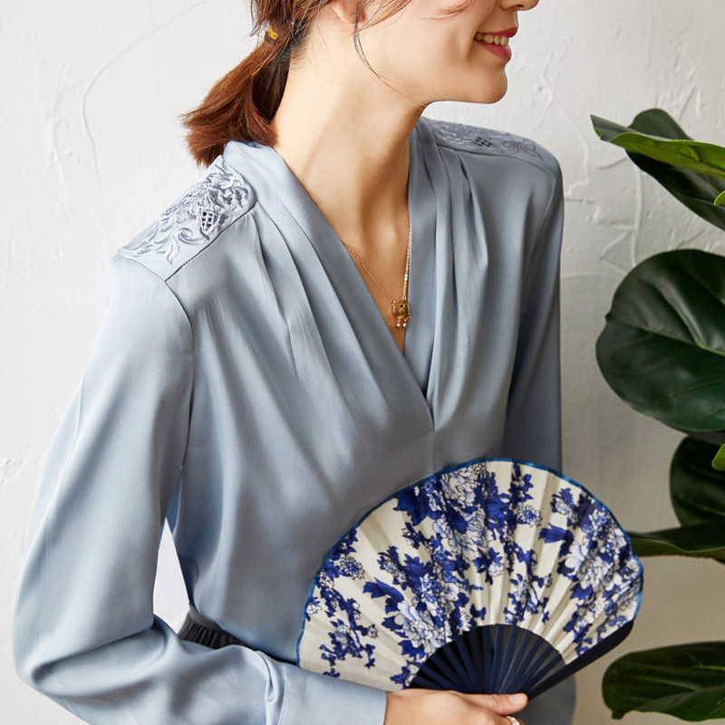 New Embroidered Chinese style women s top heavyweight silk shirt spring long sleeve - 4
