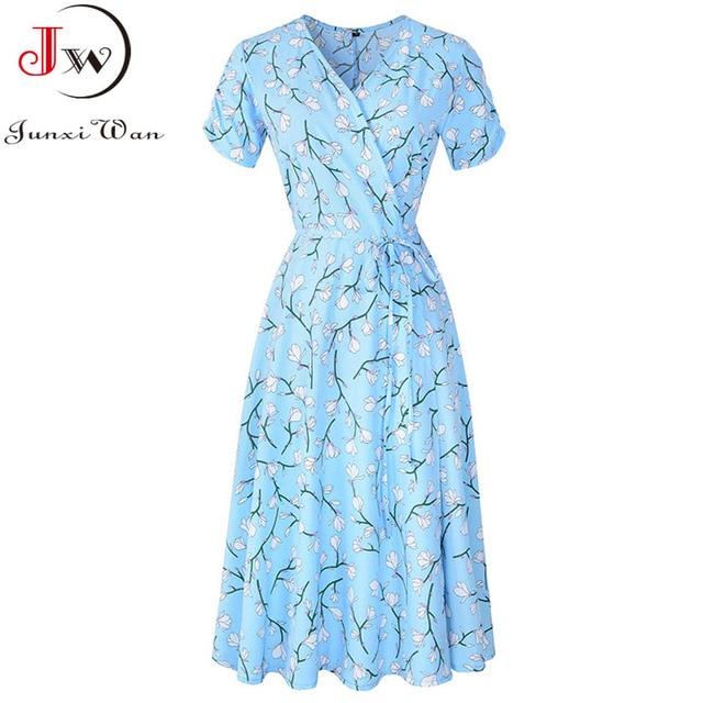 2021 Summer Elegant Short Sleeve Chiffon Dress Women Floral Printing Vintage A-Line Bohemian Beach Midi Sundress Plus Size 1