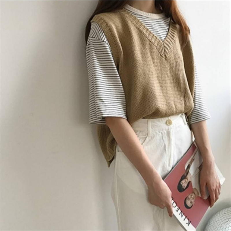 Sweater Vest Female 2020 Autumn Korean College Style V-neck Girl Small Fresh Short Sleeveless Loose Student Knit Jumper Women
