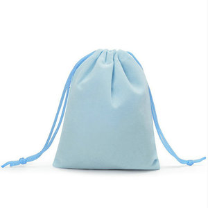 Image 5 - 100pcs 7x9cm Velvet Drawstring  /Jewelry Christmas/Wedding Gift Bags Black Red Pink Blue 5 Color Wholesale