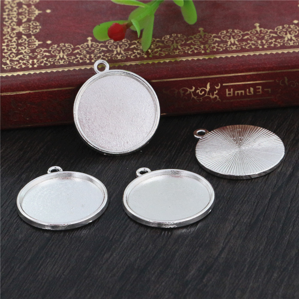 10pcs 20mm Inner Size  Silver Plated Classic Style Cabochon Base Setting Charms Pendant (D1-19)