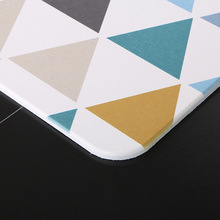 Color geometric pattern diatom mud mat durable and quick-drying absorbent bathroom carpet non-slip diatom carpet