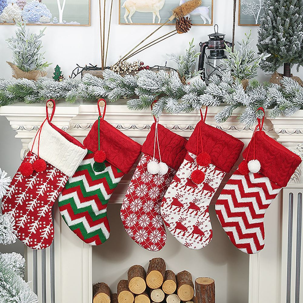 Best Artificial Christmas Trees 2020.2020 Christmas Hanging Stockings Christmas Tree Ornaments Decoration New Year Candy Bag Gifts Socks Stocking Xmas Ornaments Decorating At Christmas