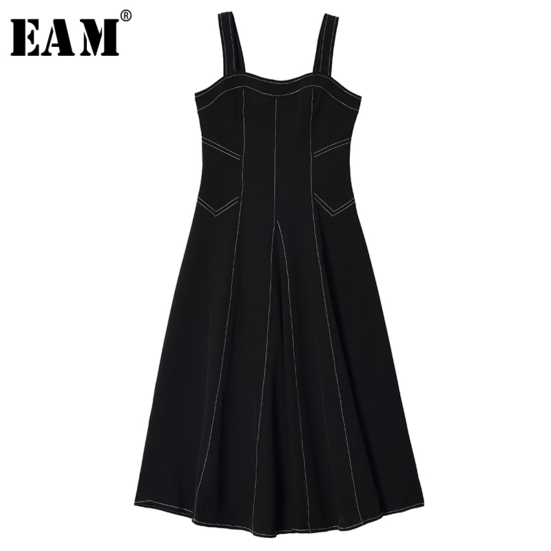 [EAM] Women Black Line Split Joint Temperament Spaghetti Strap Dress New Sleeveless Loose Fit Fashion Spring Autumn 2020 1S650