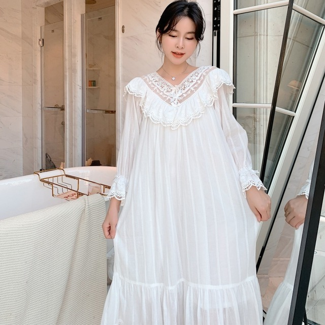 Autumn New Embroidery Lace Princess Nightgown Long Sleeve Woven Cotton Sleepwear