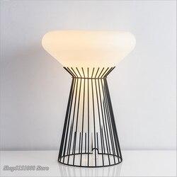 Włoski projekt lampa stołowa światło proste nowoczesne LED Tafellamp nocne biurko lampa do sypialni salon dzieci biurko światła
