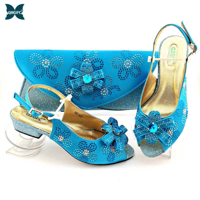 Italian Design Sky Blue Color  2021 New Arrival Summer Narrow Band Style African Ladies Shoes and Bag Set  for Party