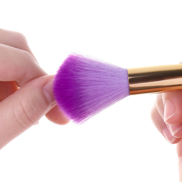 1 Pc Soft Nail Cleaning Brush Metal Color Acrylic UV Gel Powder Dust Remover Brush Professional Nail Care Tool 5 Colors Availabl
