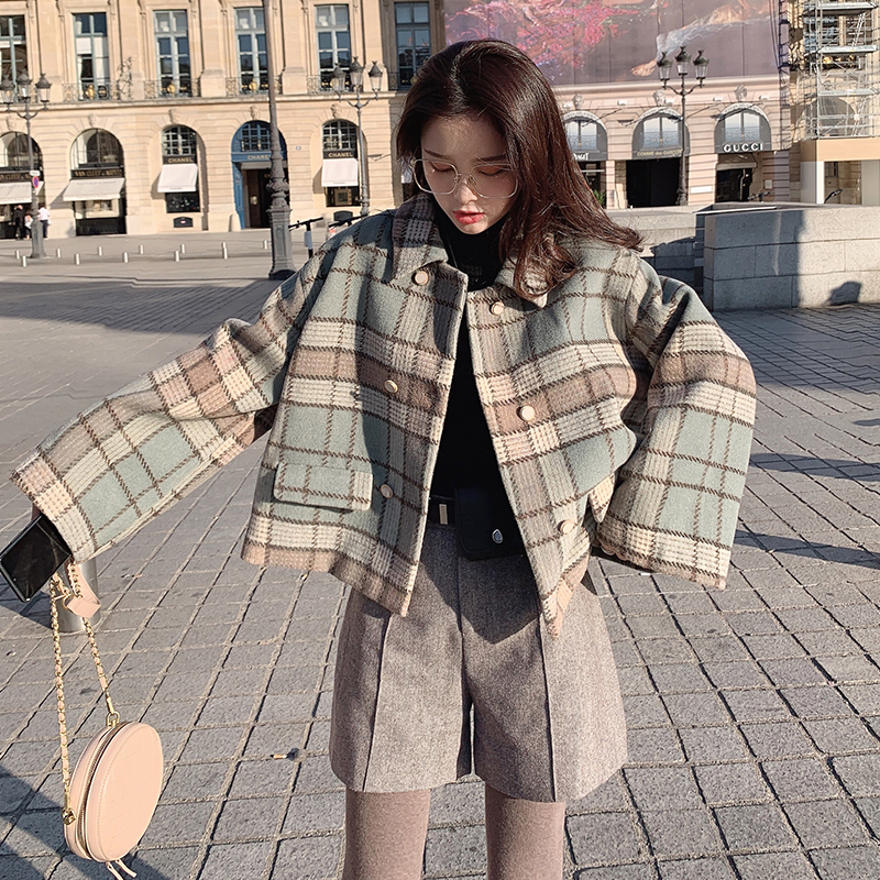 MISHOW 2019 Autumn Winter Plaid Woolen Coat Women Thick Causal Lapel Straight Single-breasted Short Coat  MX19C9545