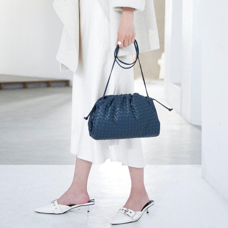 Bolso de mujer de lujo que hace punto bolso de sobre tejido de cuero auténtico diseño voluminoso de forma redondeada monederos y bolsos de mano embrague de la marca Louis - 3