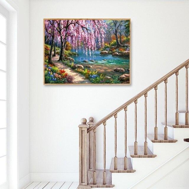 Broderie Diamant Cerisier tableau accroché