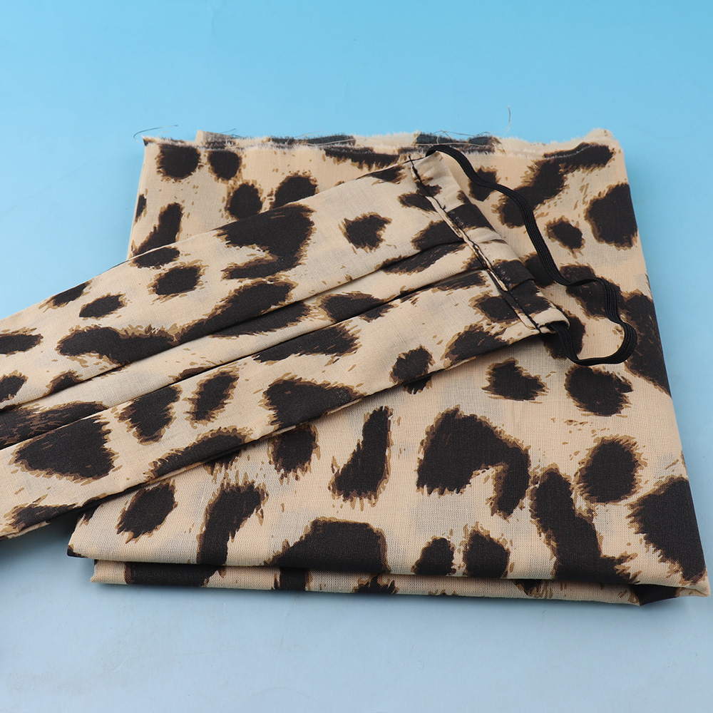 Leopard Printed Polyester Cotton Fabric for Tissue Kids Bedding Home Textile for Sewing Handmade DIY Garment