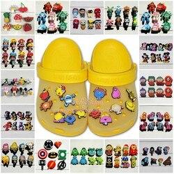 8 pçs/lote Vingadores Mickey Bolha Guppies Octonauts Unicórnio PVC Encantos da Sapata Sapato Fivelas Acessórios Fit Pulseiras Bandas Croc JIBZ