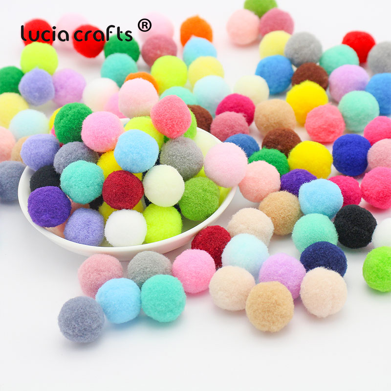 Lucia Crafts 144pcs 15mm Multi Colors Pompom Fur Ball Craft Wedding Party Home Decor DIY Handmade Kids Toys Accessories K0502