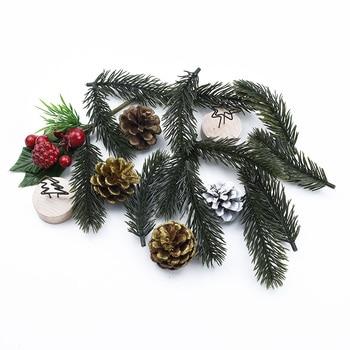 10/20 piezas de plástico Pino Navidad flores decorativas para boda decoración del hogar Accesorios flor para muñeca de novia material diy Caja de Regalos
