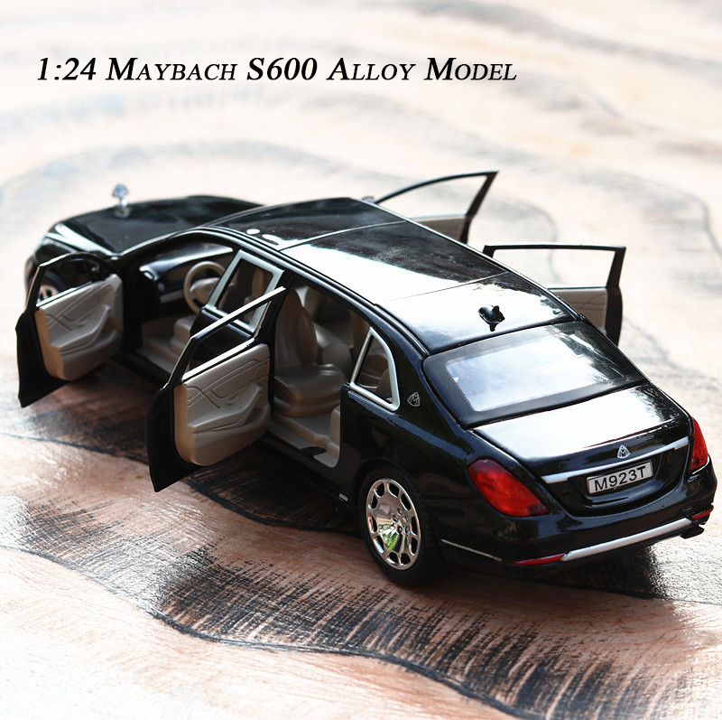 1:24 Mercedes Maybach S600 Limousine Diecast Metal Alloy 6 Open Door Model Car With Lights And Sounds Toys For Children