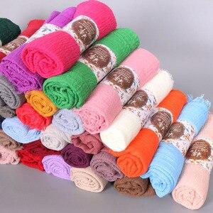 Image 1 - 10 pçs/lote liso enrugamento wrap algodão viscose longo xale cachecol feminino crinkle hijab xale muçulmano cabeça hijab cachecol atacado